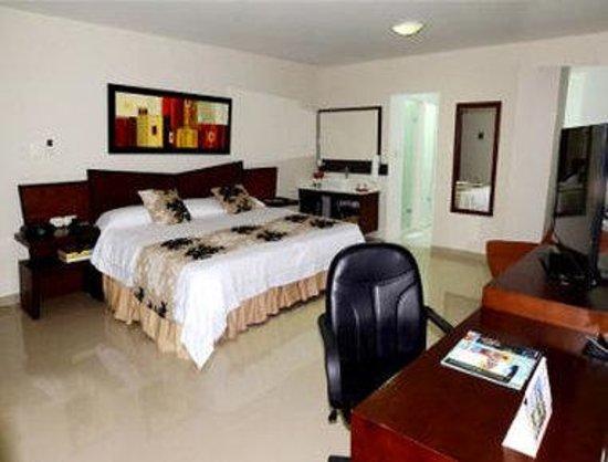 Howard Johnson Hotel Versalles Barranquilla : 1 King Bed Suite