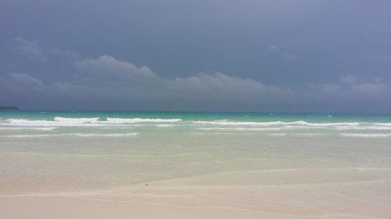 The District Boracay: Stunning beach -  even during wet season!