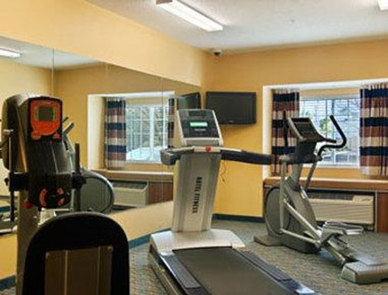 Microtel Inn & Suites by Wyndham Dickson City/Scranton: Workout Room