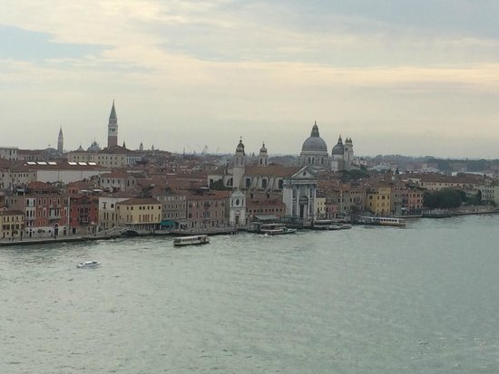 Hilton Molino Stucky Venice Hotel: View from the hotel roof