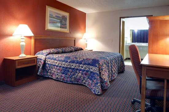 Americas Best Value Inn Weatherford : One King Bed