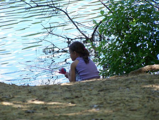 Metamora-Hadley State Recreation Area : Fishing from shore