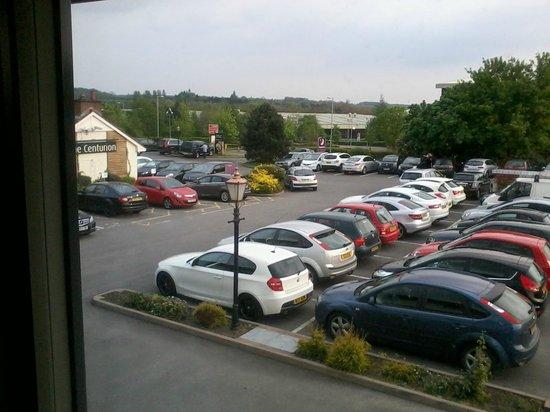 Premier Inn Tamworth South Hotel: Car park view