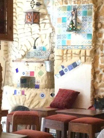 Medina de Túnez: Arabic coffe in Medina - interior