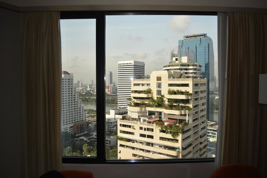 Rembrandt Hotel Bangkok : view from the room