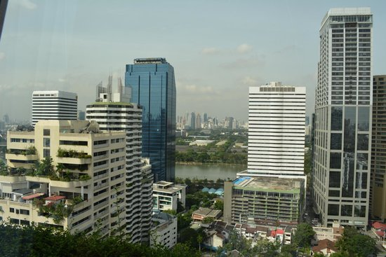 Rembrandt Hotel Bangkok: view from restaurant