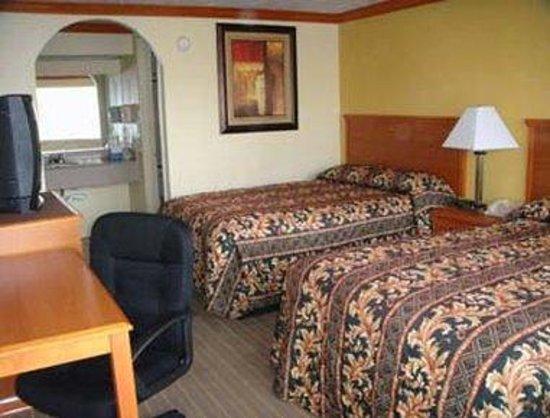 Knights Inn Galveston: Standard Double Room
