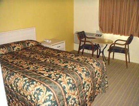 Knights Inn Galveston: Full Bedroom