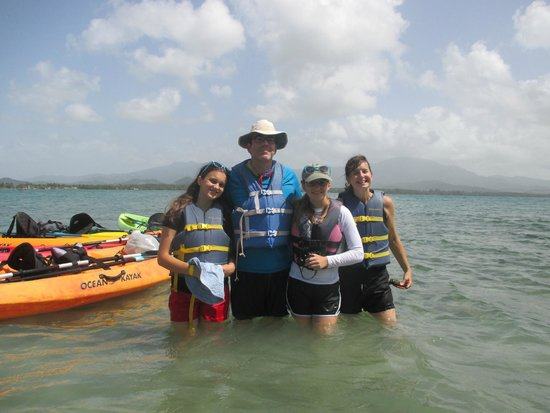 Barefoot Travelers Kayak Tour to Monkey Island: Kayaking looked challenging but wasn't bad at all