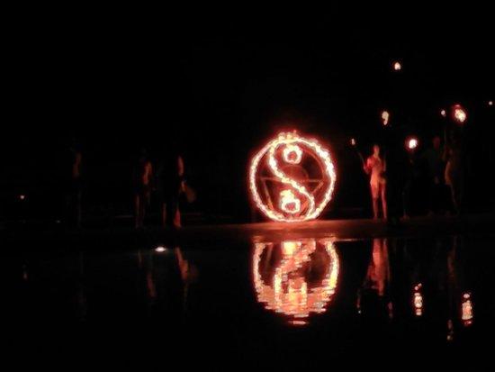 Pietrablu Resort & Spa CDSHotels: spettacolo del fuoco