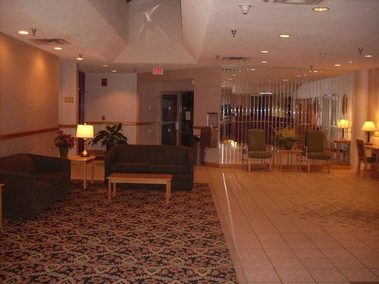 Comfort Inn The Pointe: lobby