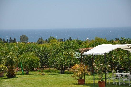Torre Archirafi Resort : Ausblick auf das Meer