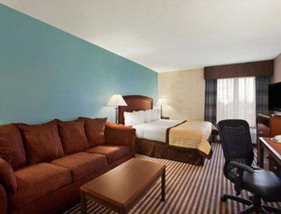 Baymont Inn & Suites Wahpeton