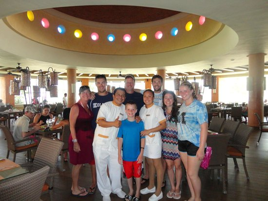 Barcelo Maya Palace: Russell, The Best Waiter Ever