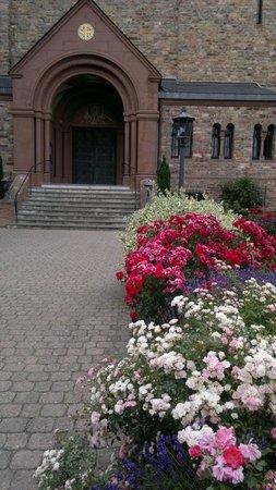 Benedictine Abbey of St. Hildegard : Jardim