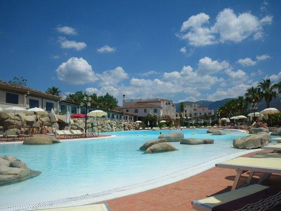 Hotel Sighientu Thalasso & Spa : Le piscine