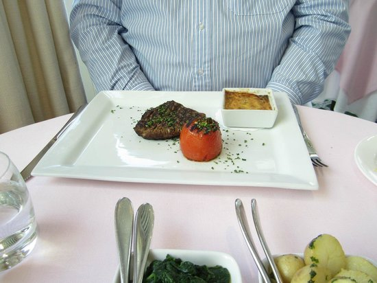 Old Government House Brasserie: Steak Main