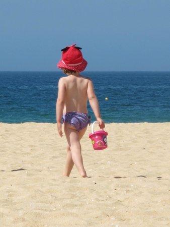 Hilton Vilamoura As Cascatas Golf Resort & Spa: Day at the H2O beach bar