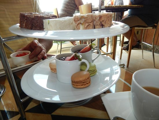 Battery Wharf Hotel, Boston Waterfront: Afternoon tea
