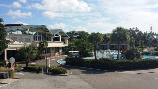 Best Western Plus Yacht Harbor Inn: Lovely location