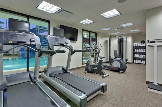 Holiday Inn Hotel & Suites Red Deer South: Fitness Center