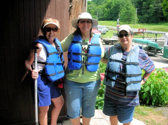 North Star Canoe & Kayak - Day Tours : Joann, Dot & Tego