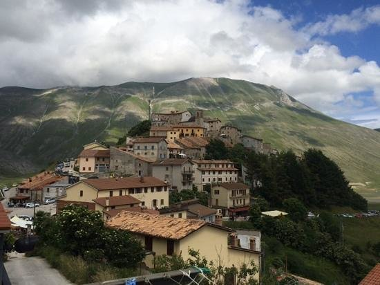Monte Veletta: vista castelluccio