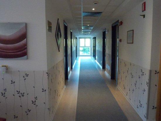 Scheppers Hotel : couloir 1er etage