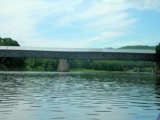 North Star Canoe & Kayak - Day Tours: Cornish Bridge from the Ct. River