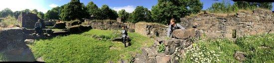 Hovedoya: main ruins fo the island