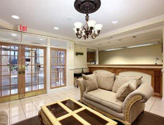 Days Inn Kingsland GA: Lobby