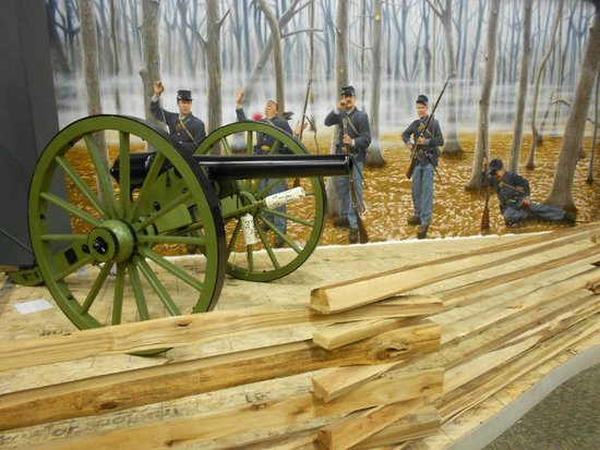 Johnston, IA: Civil War display