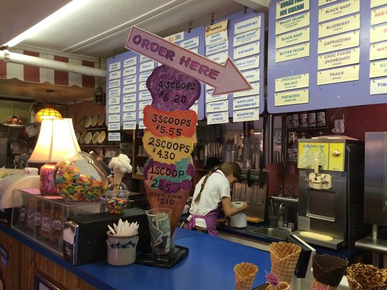Downeast Ice Cream: Order up!