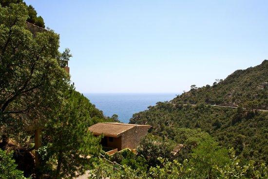 Giverola Resort: vue de la terrase de la chambre