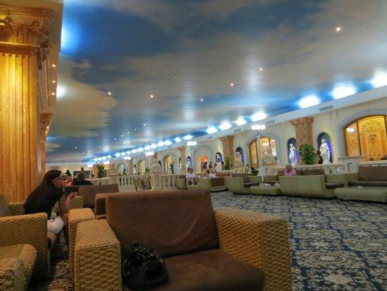 Titanic Palace: The lobby