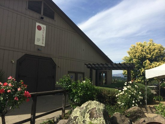 Everett Ridge Winery