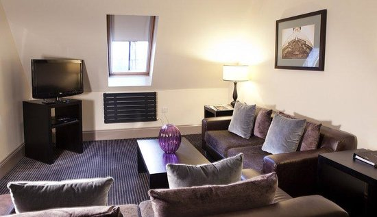 Fraser Suites Glasgow: Living Room - One Bedroom Deluxe