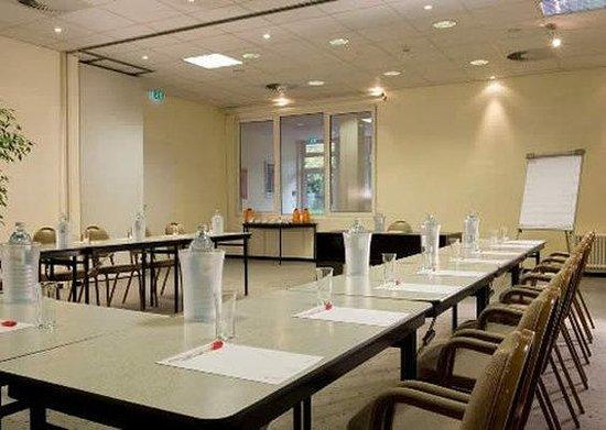 AZIMUT Hotel Berlin City South: Bbi Facilities