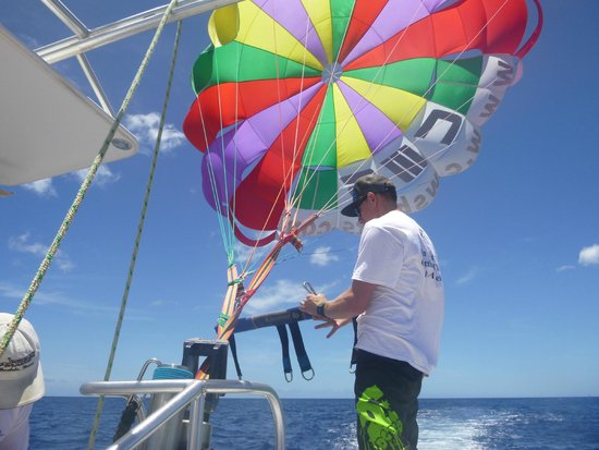 X-Treme Parasail: Getting ready for us to go...