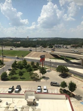 Drury Inn & Suites San Antonio Near La Cantera Parkway : view pf six flags from room 801