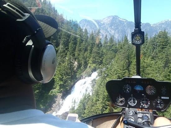 SKY Helicopters Inc.: Waterfall on the way up