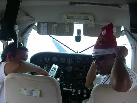 Lineas de Nazca: Our pilot and co-pilot
