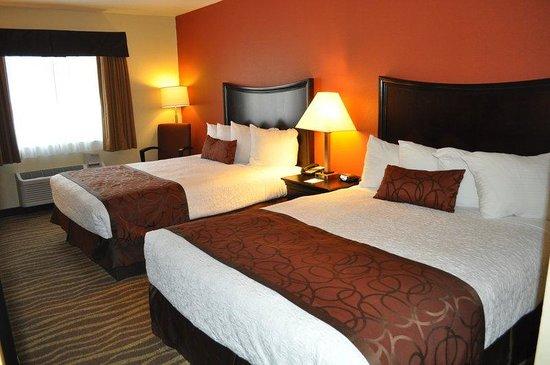 Best Western Plus Corning Inn : Guest Room