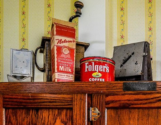 J.M. Koch's Hotel Bed and Breakfast: Decorations in the Kitchen