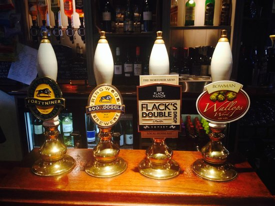 Mortimer Arms Hotel: Real Ales