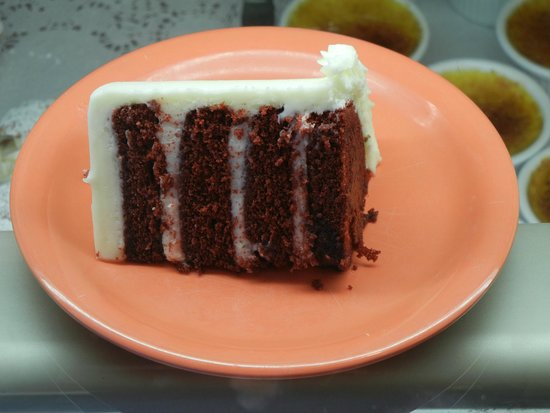 Gayle's Bakery & Rosticceria: Cakes By The Slice