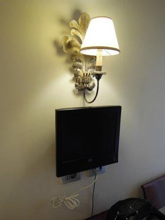 Lanzillotta Hotel : televisione