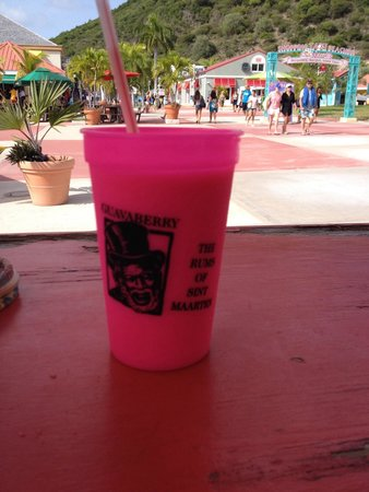 Sint Maarten Guavaberry Company: Guavaberry Piña Colada at hut as you enter/exit cruise port