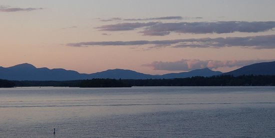 The M/S Mount Washington: Another wonderful view of the lake