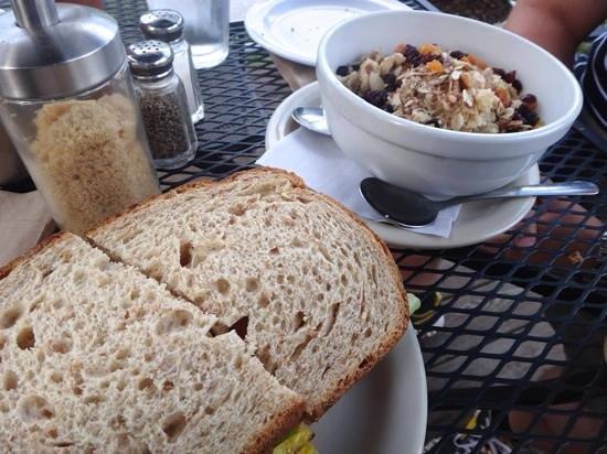 Canoe on the Run: Egg BLT and oatmeal